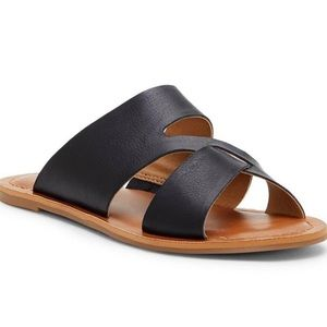 BRAND NEW W BOX lucky brand sandals. 6.5